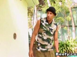 Beefy muscle hunt a súložiť v the dom