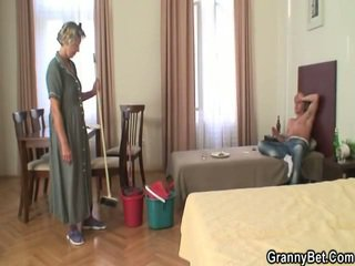 Arassalamak donna has her vulva filled nearly prick