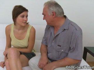 青少年性行為, 性交性愛, 口交