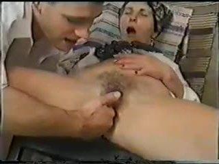 Nenek fuck dan fist