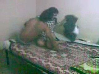 Innocent ที่กำลังมองหา bengali gf getting ระยำ โดย เธอ bf