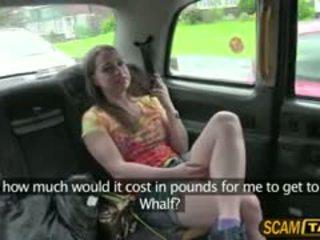 Καυλωμένος/η olga rides ένα cab και gets πατήσαμε