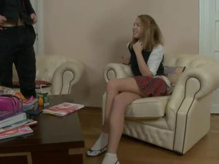 Pequeña asiática adolescente gets nailed