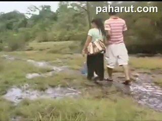 Karštas tailandietiškas seksas į viešumas