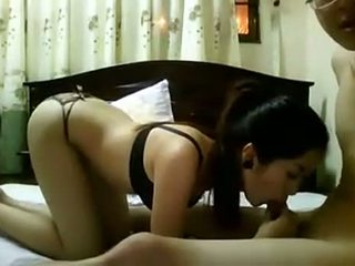 Amatuer Vietnamese Couple
