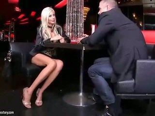 fétichisme des pieds, pornstar, jambes sexy