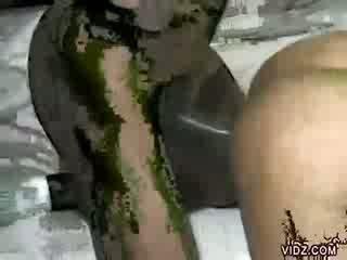 Ilus tõmmud jamaica enjoys tõmmud meat
