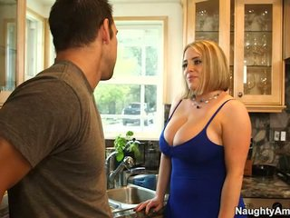 Old Maggie Green Has Her Large Racks S...