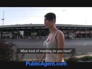 morena, sexo en público, big boobs
