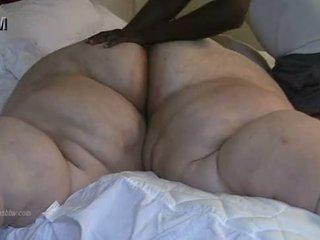 ผู้หญิงไซส์ใหญ่