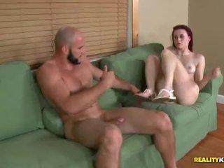 Sage evans begs për spermë në të saj bukuroshe fytyra
