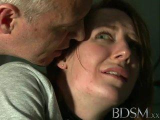 Seks kasar agresif: muda remaja tortured oleh menguasai putih
