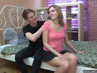 Preveri out ti vids kjer je luštne punca