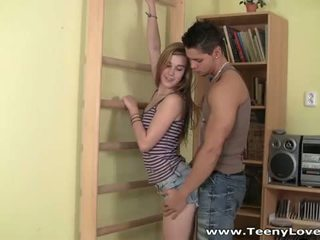 Teeny lovers: άτακτος/η μελαχρινός/ή έφηβος/η enjoys ένα πολύ Καυτά γαμώ