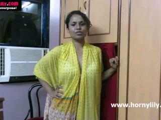 Indian gagica lily chatting cu ei fans - mysexylily.com