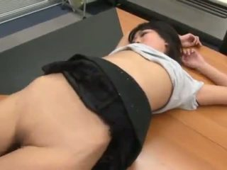 Sleaze And Erotic Secretary Hina Maeda Bumped By Her Chief In The Office
