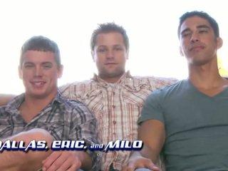 groupsex, hunks, threesome