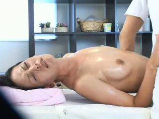 Σύζυγος κεράτωμα με αυτήν masseur βίντεο