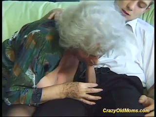 Prsnaté šialené starý mama needs iba čerstvý silný cocks