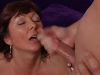 Pornstar desi foxx gets ji ústa rewarded s kohout sauce po a těžký slam