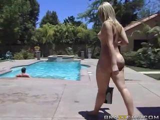 Alexis texas rides a lemak jago after taking a padusan video
