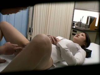 Spycam gadis sekolah misused oleh doktor 2