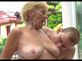 뜨거운 할머니: 무료 엄마 고화질 포르노를 비디오 ef