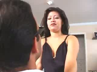 Neblig mendez loves straddling groß saftig cocks