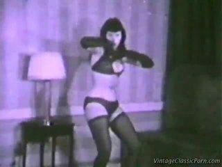 E moçme erotik dancer