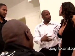 Lisa ann - dáma milfka gangbanged podľa blacks guy