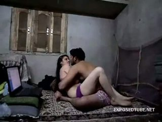 看 印度人 女佣 同 她的 owner.3gp - xvideos.com