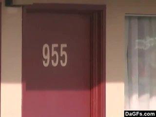 Kawin wanita kacau di vegas motel