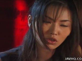 Hot Japanese babe gives a perfect handjob