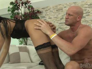 흑단 트랜스젠더 prostitutes 씨발 풍부한 bald guy