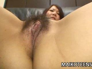 ร้อน ญี่ปุ่น ผู้หญิงสวย ด้วย ขนดก หี ขึ้นขี่ บน a ยาก ควย