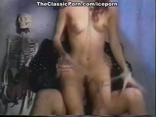 Barbara Dare, Nina Hartley, Erica Boyer In Classic Porn