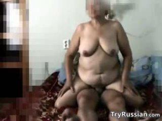 big boobs, vecenīte, krievu
