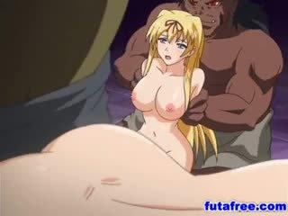 Blondynka futagirl gets jej holes pumped