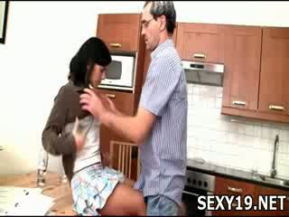 שובבי נערה gets מזוין sideways