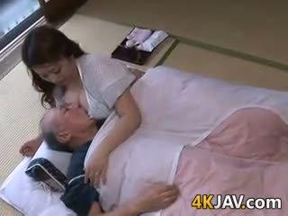 japonês, big boobs, antigo + jovem