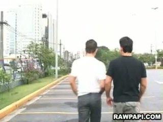 Latin đồng tính barebacking với to cơ bắp đàn ông