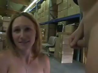 pissing, প্রতিমা