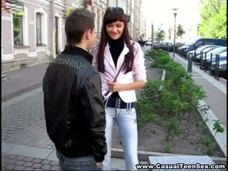 Casual rumaja bayan - cutie got creampie on a first date!