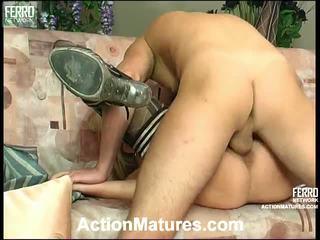 Agatha rolf leggy mom in action
