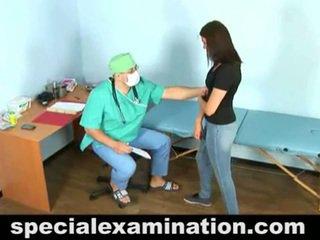 23 yo vika och kåta gynecologist