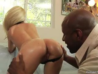 Haley Cummings Let A Darksome Stud Play This Chabr Mangos