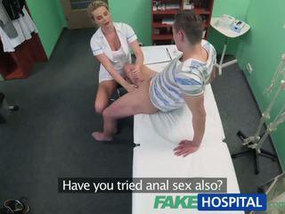 Fakehospital ogier przyłapani giving pielęgniarka a wytrysk