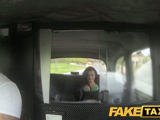 Fake taxi prague beauty squirting पर कॅम