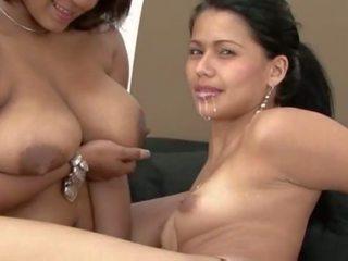 女同志 breastfeeding 汇编, 自由 色情 64
