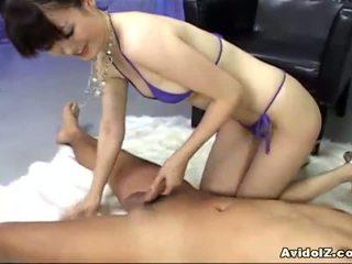 Ai himeno loves कॉक टीज़ और समूह masturbation